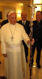 papa francesco ferula maradiaga