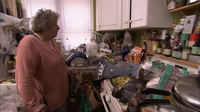 hoarders lady kitchen